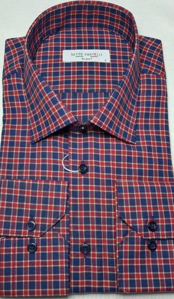 Blå och rödrutig herrskjorta i bomullskvalitet.